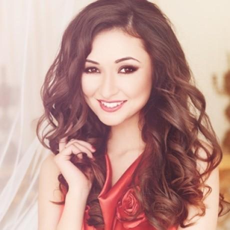 Profile photo of Alesya